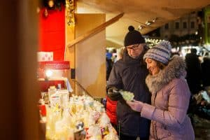 Here's some experience gift ideas and other shopping tips to help you complete your holiday shopping list this year.