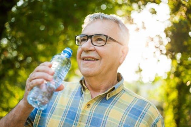Avoiding Dehydration in Seniors | Silver Maples Blog