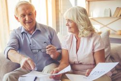 Pre-planning for retirement can offer you many benefits and peace of mind. Explore these benefits and follow our retirement planning checklist.